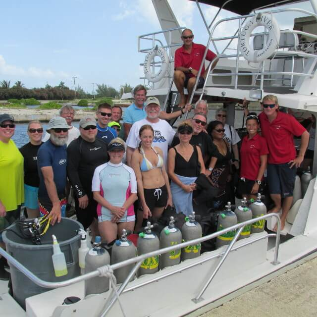Group Dive Travel