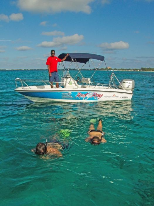 Private Snorkel Boat - Red Ray